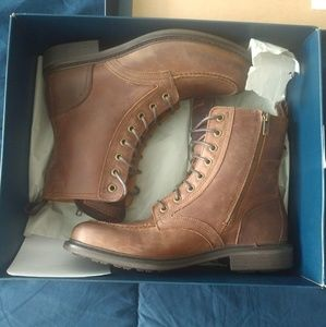 NIB Cole Haan Lace-up Boots